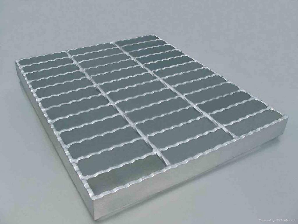 Steel grating (manufacturer)