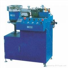 YR-108 电晶体自动成型机