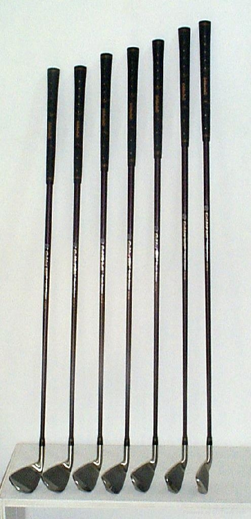 高爾夫自動發球器 3