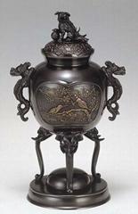 青銅製香爐三足山水