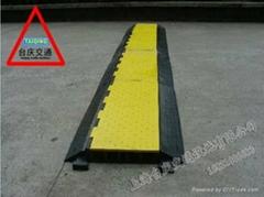 過線線槽板