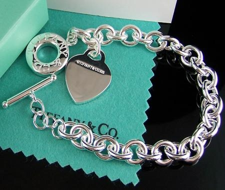 China Pd 9768134 Tiffany Supplier Com Cheap Silver Heart Tiffany Bracelet Jewelry Replica Discount Tiffany Jewelry Bracelets