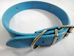淡蓝色时尚皮质宠物项圈