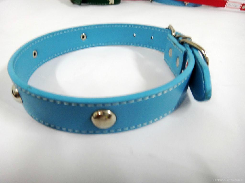 淡蓝色时尚皮质宠物项圈 2
