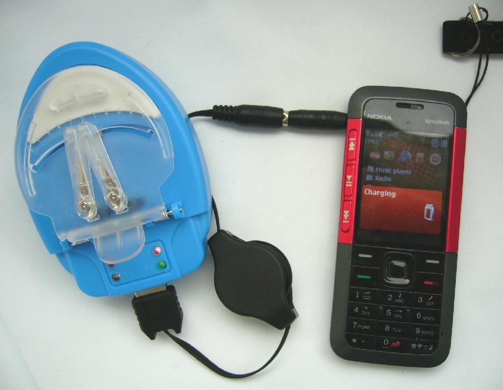 手机应急万能充电器