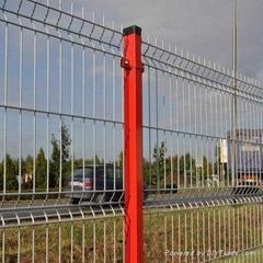 威海浸塑折弯护栏网厂家