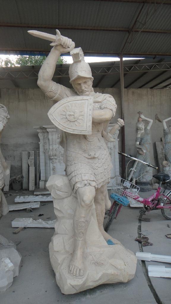 西方武士雕像 1