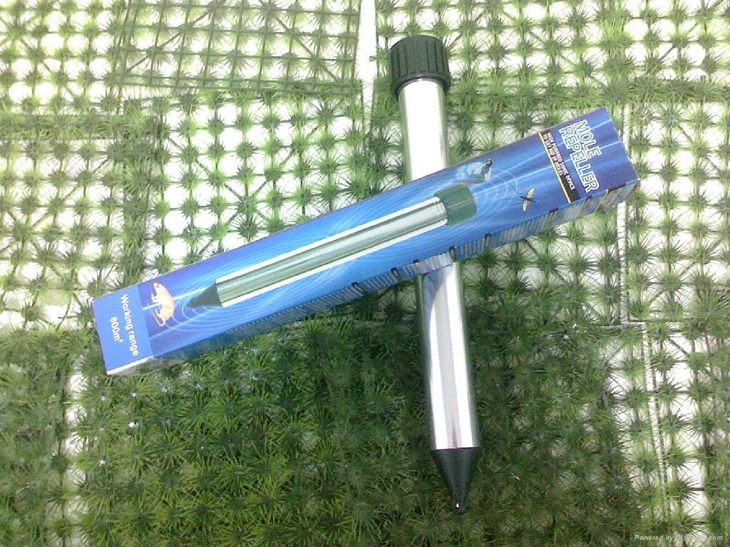 Aluminum BatteryTube Mole Repeller  5