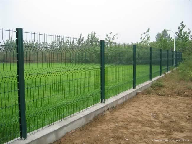 安荣三角型围栏网 1