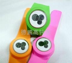 Popular silicone slap watch,silicone digital watch