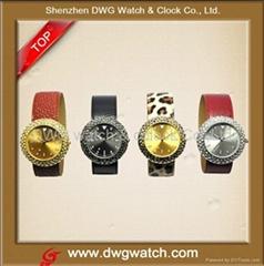 流行时尚皮带手表