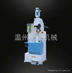 SEMI-AUTOMATIC PNEUMATIC HEEL NAILING MACHINE