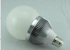 LED球泡燈 9W