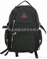 黑色休闲背包