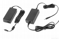 desk type switching power adapter 60W