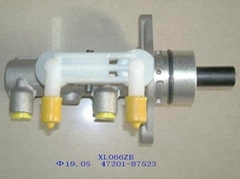 vacuum booster with pump