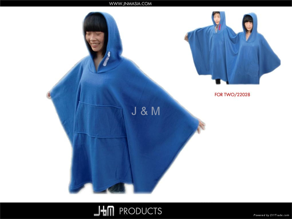 100 Polyester Soft Polar Fleece Poncho 22034 China