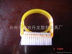 優質塑料指甲刷子