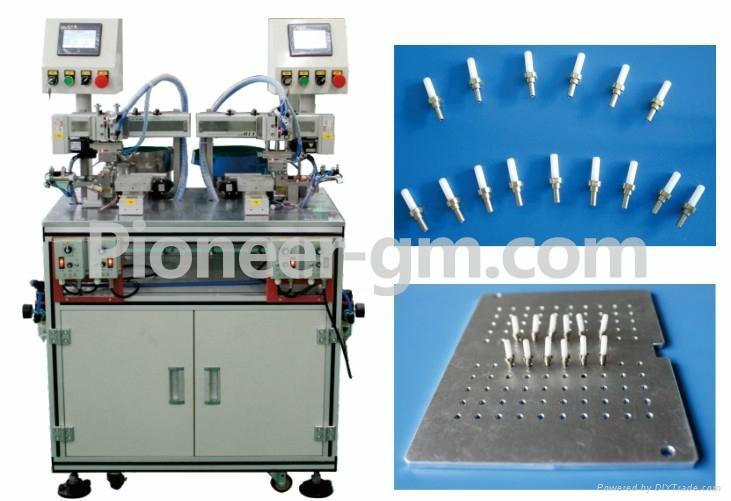 全自動光纖連接器擺盤機 1
