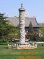 中国石雕盘龙柱