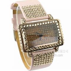 時尚女裝水鑽皮帶表