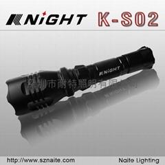led強光手電筒遠射型