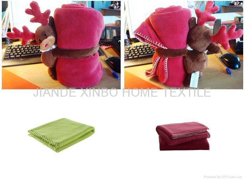 fadeless solid color coral fleece blanket 1