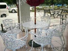 北京庭院鑄鋁桌椅