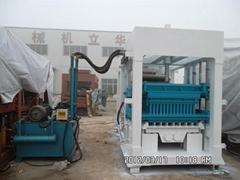 QT4-15多功能液壓砌塊成型機