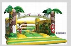 大型充气跳床玩具
