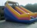 大型充氣跳床玩具 3