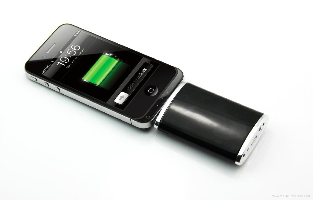 Portable Iphone Storage : Portable power pack with led flashlight for iphone ipod