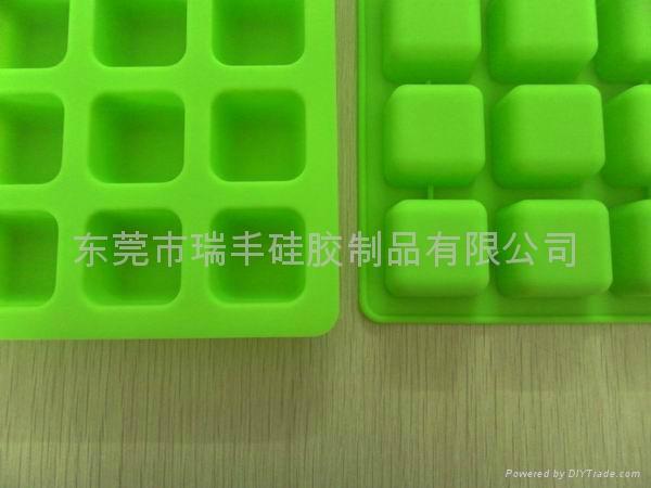 供應創意設計硅膠冰格 2