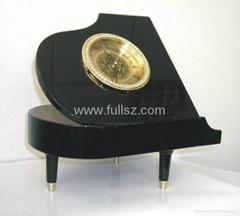 European Antique Piano Art Table Clock