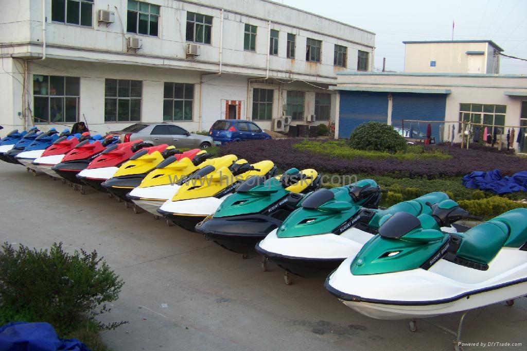 摩托艇 4