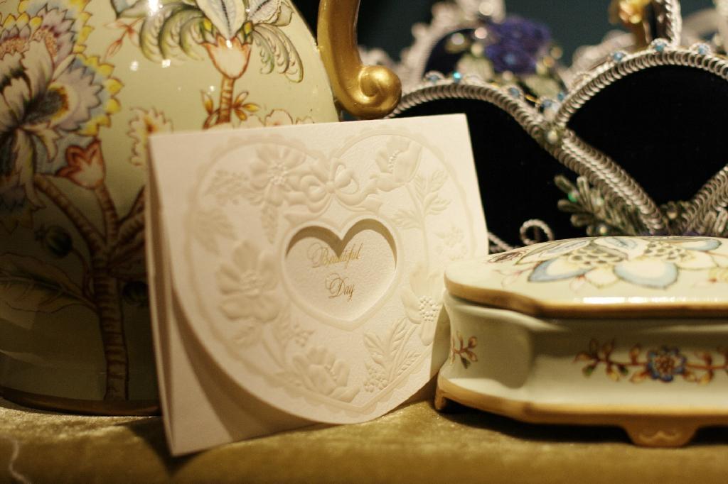 Wide varieties Christmas card & wedding card 5