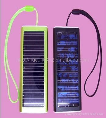 太陽能手機多功能充電器(聖誕禮品) 1