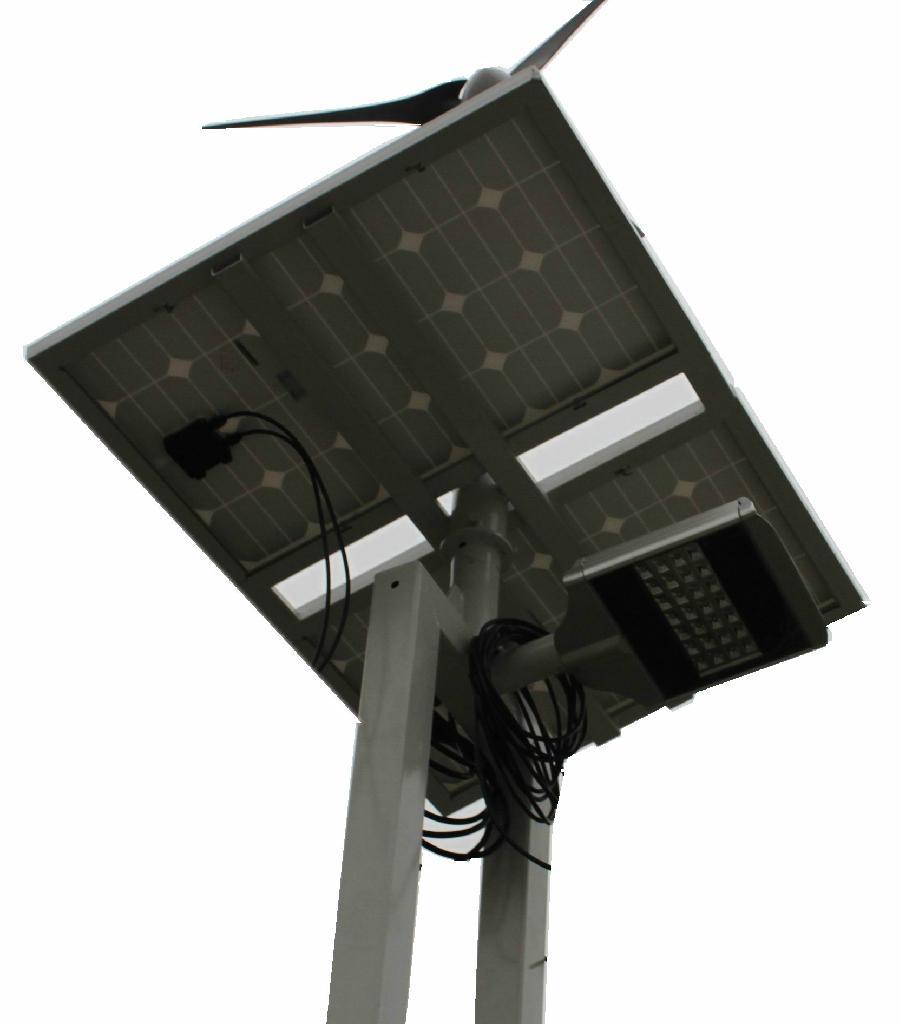 LED大功率太阳能路灯风光互补 1