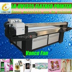 可以直接在各种材料上直接打印的UV平板打印机