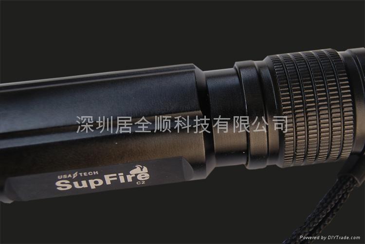 美國CREEQ5 C2型 恆流驅動 260流明強光手電筒  2
