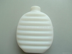 0.45L blow molding HDPE plastic hot water bottles