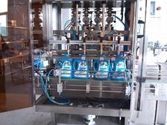 洗洁精定量充填灌装锁盖机