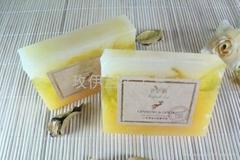 玫伊蘭品牌人蔘黃金抗衰嫩白手工精油皂
