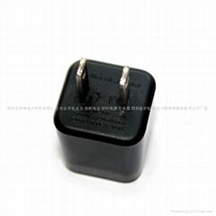 black 5v1a US USB mobile charger