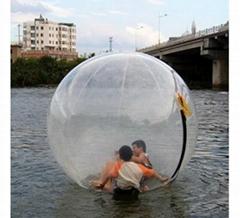 水上娛樂充氣設備