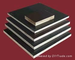 覆膜膠合板 3
