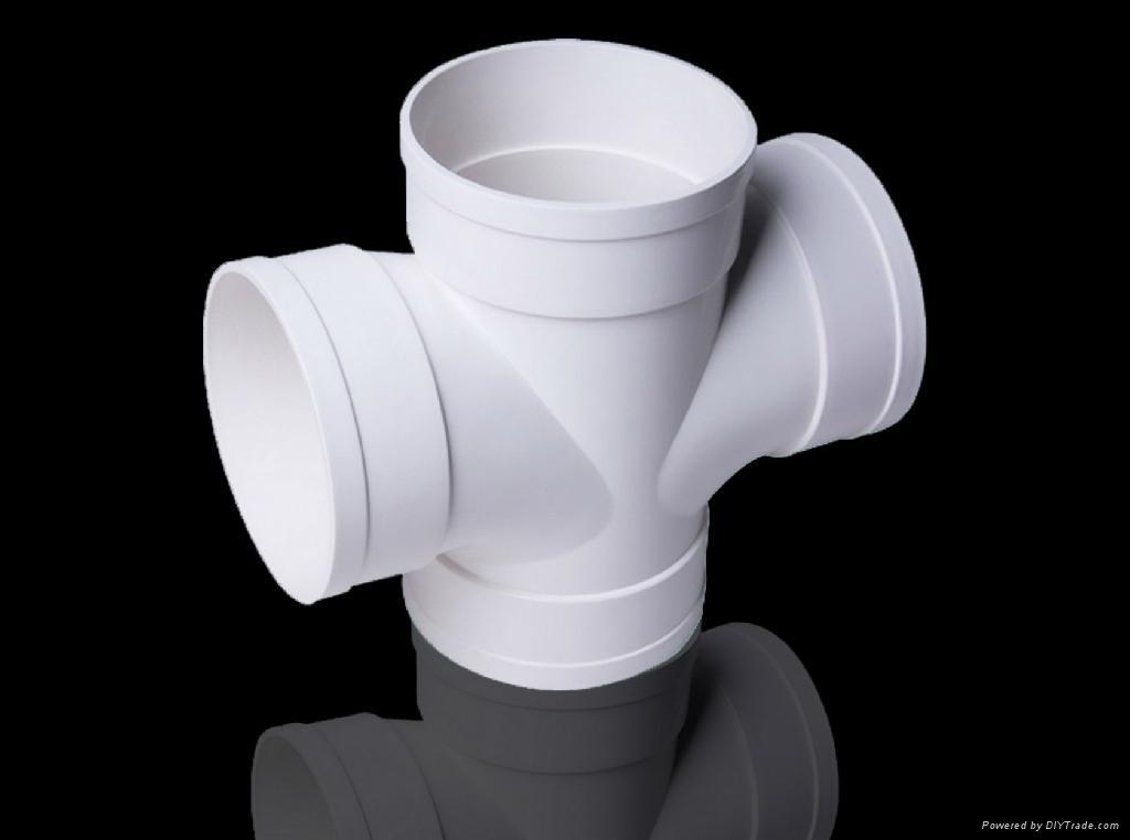 PVC-U排水管材 2