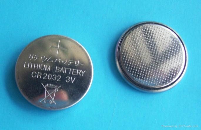 供應CR2032鈕扣電池 2