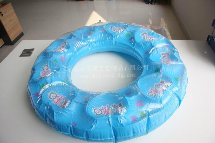 游泳圈 3