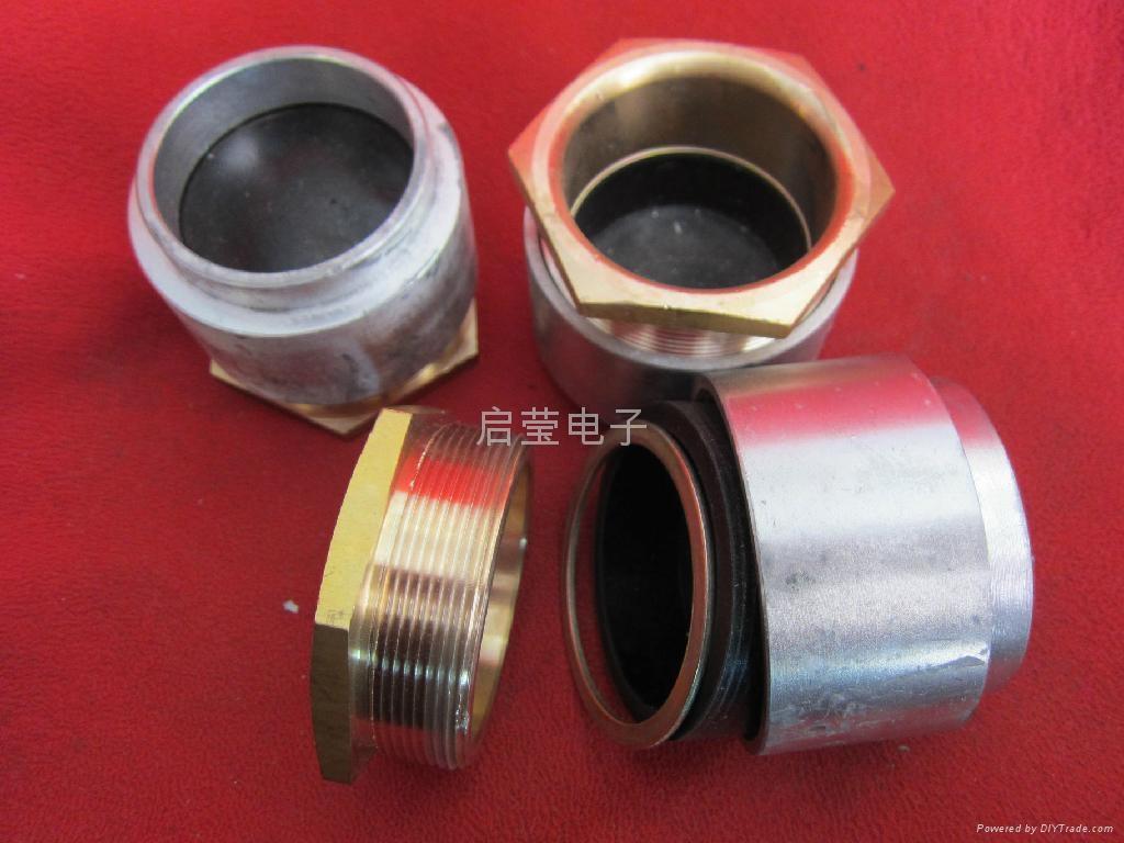 焊接式填料函 2